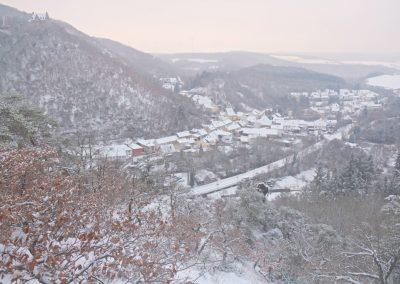 Altenbamberg mit Altenbaumburg im Schnee